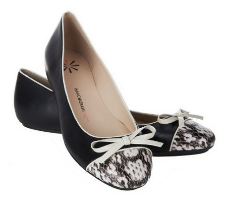 """As Is"" Isaac Mizrahi Live! Cap Toe Ballet Flats"