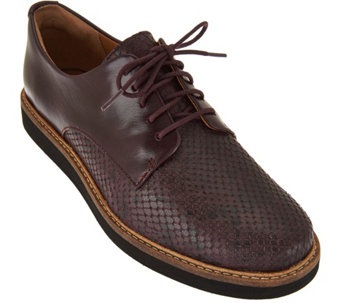 Clarks Artisan Leather Lace-up Shoes - Glick Darby - A292347