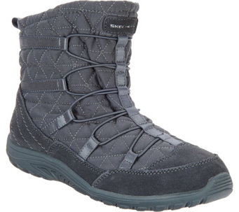 Skechers Modern Comfort Quilted Bungee Booties - Reggae Fest - A282751