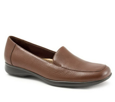 Trotters Jenn Soft Tumbled Leather Casual Slip-On Loafers