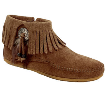 Minnetonka Concho Feather Side Zip Boots - A333453