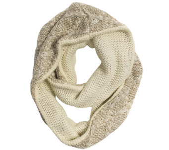 MUK LUKS Women's Textured Diamond Eternity Scarf - A337555