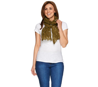 "Denim & Co. Star Printed Scarf 28"" x 72"" - A274556"