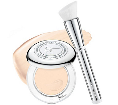IT Cosmetics Confidence in a Compact SPF 50 Foundation w/ Luxe Brush - A287157