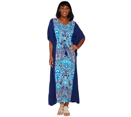 C. Wonder Regular V-Neck Color Block Printed Caftan