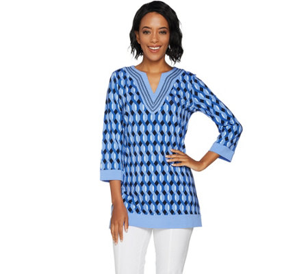 C. Wonder Geo Print Split V-neck Tunic