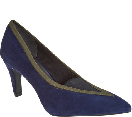 Lori Goldstein Collection Pumps with Elastic Insert