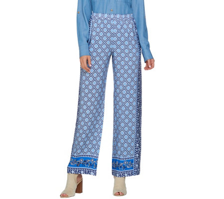 C. Wonder Petite Engineered Print Woven Pull-On Pants