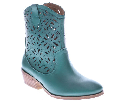Spring Step Western-Style Leather Boots - Elgin