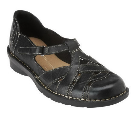 ClarksBendables Nikki Hub Leather Shoes w/Cut-out Detail