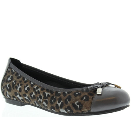 Vionic Orthotic Leather Ballet Flats - Minna
