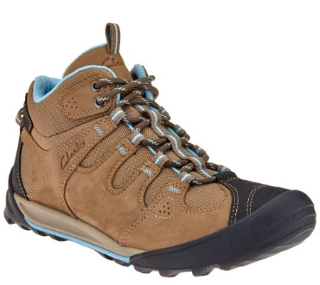 Clarks Outdoor Water Resistant Lace-up Boots - Outlay North