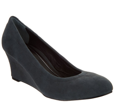 Vionic Leather or Suede Wedges - Camden
