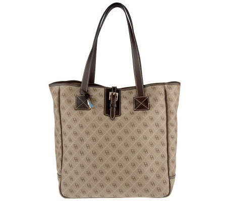 Dooney Amp Bourke Signature Quilt Large Tote Bag With