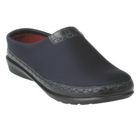 Aetrex Slip-on Comfort Clogs