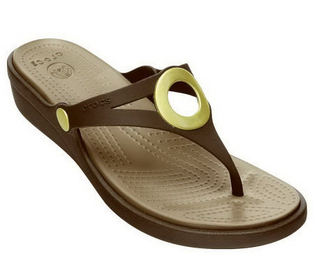 Crocs Women's Sanrah Wedge Flip Flop Sandals