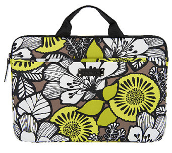 Vera Bradley Signature Print Neoprene Laptop Case - A253669
