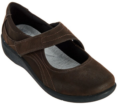Clarks Cloud Steppers Adjustable Mary Janes - Sillian Bella
