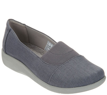 """As Is"" Clarks Cloud Stepper Slip-on Shoes - Sillian Sune"