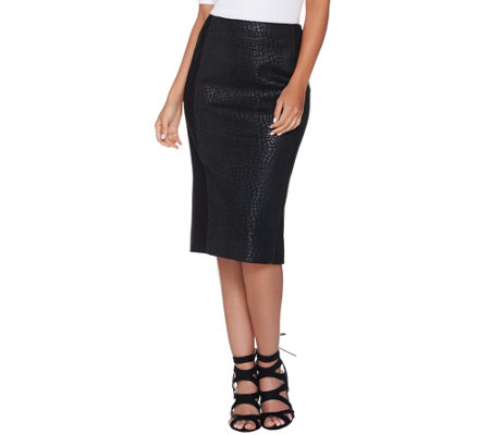 G.I.L.I. Printed Faux Leather Pencil Skirt