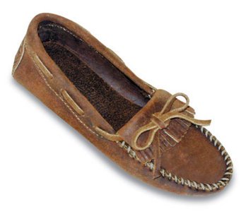 Minnetonka Women's Kilty Leather Driving Moccasins - A139072
