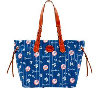 Dooney & Bourke MLB Nylon Yankees Shopper - A281673