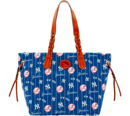 Dooney & Bourke MLB Nylon Yankees Shopper
