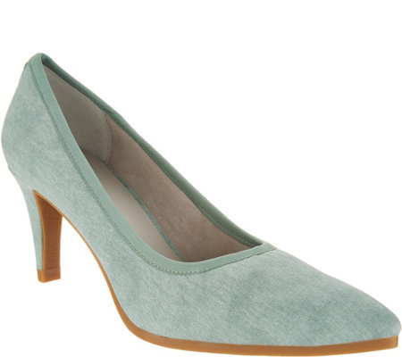 Lori Goldstein Collection Washed Linen Pumps with Crepe Bottom