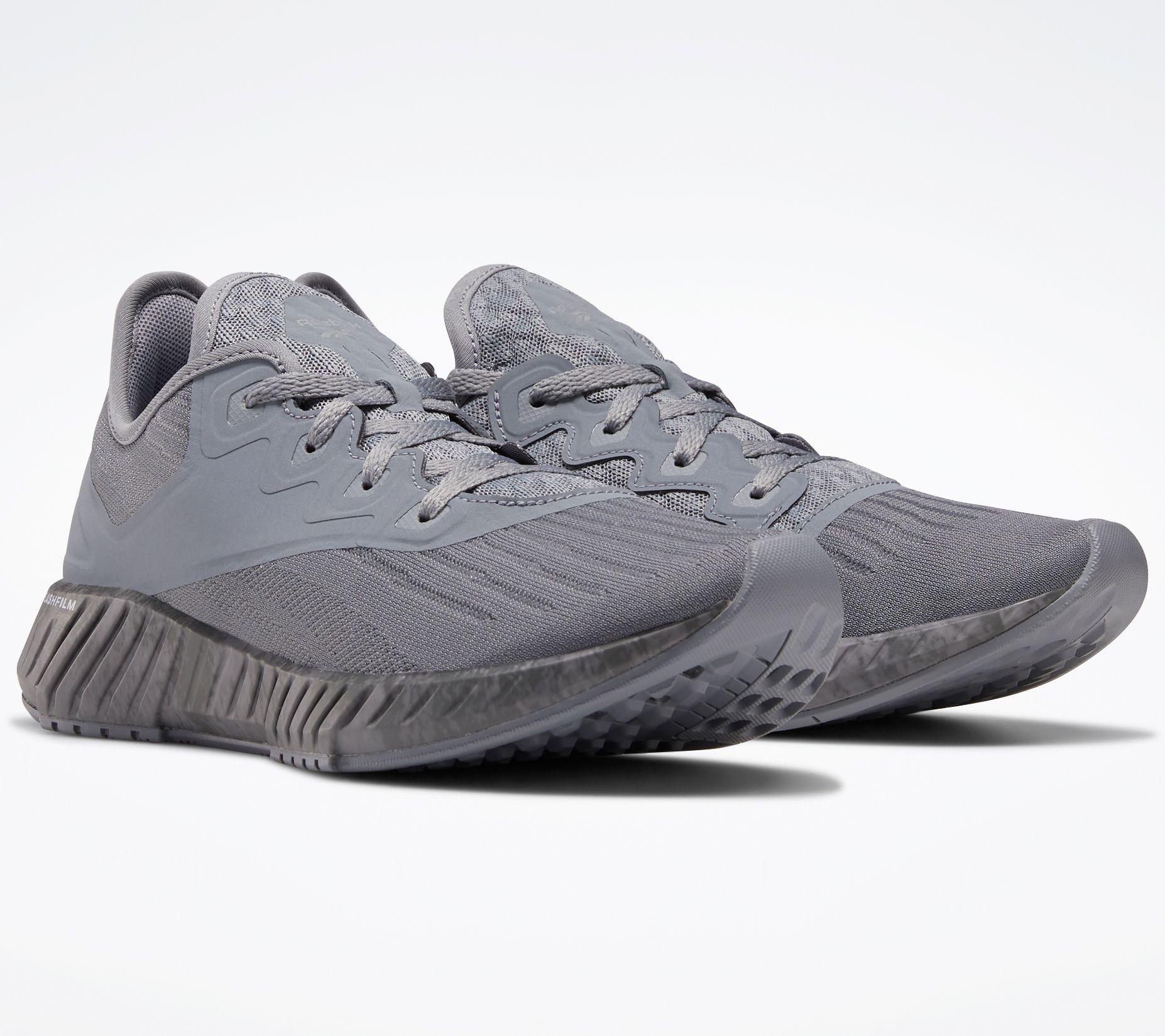 buy reebok sports shoes