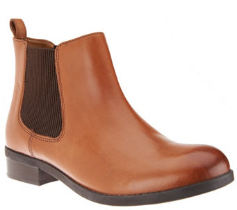 Clarks Artisan Leather Chelsea Boots - Pita Sedona - A270279