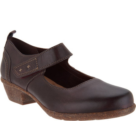 """As Is"" Clarks Artisan Low Heel Adjustable Mary Janes - Wilrose Glen"