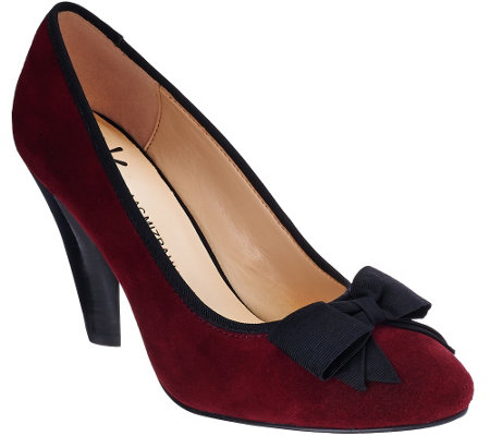 """As Is"" Isaac Mizrahi Live! Stacked Heel Suede Pumps w/ Bow"
