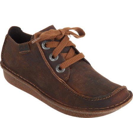 Clarks Artisan Leather Lace-up Shoes - Funny Dream