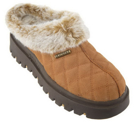 Skechers Quilted Faux Fur Lined Clogs