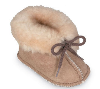 Minnetonka Infant's Genuine Sheepskin Booties - A241283
