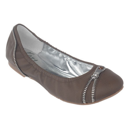 KathyVanZeeland Flats with Zipper Detail