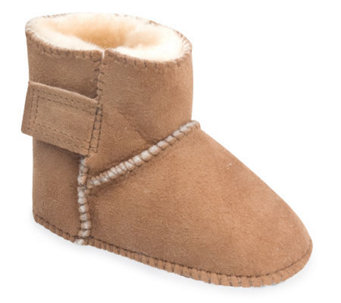 Minnetonka Infant's Genuine Sheepskin Pug Boots - A241285