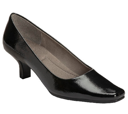A2 by Aerosoles Dimperial Heel Rest Pumps