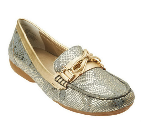 White Mountain Pardon Leather Snake Print Moccasins