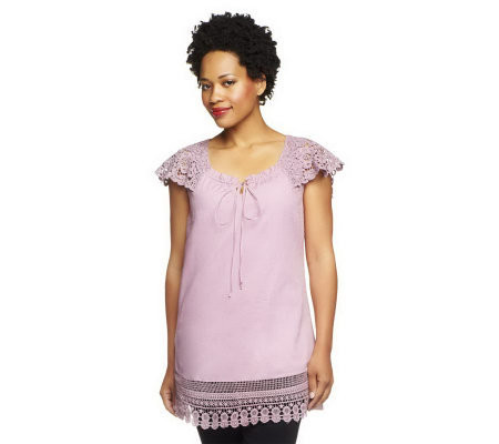 G.I.L.I. Cap Sleeve Keyhole Top with Lace Detail