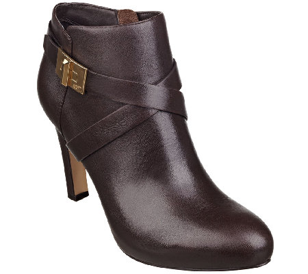 Marc Fisher Leather Ankle Boot w/ Turn Lock - Orlanda