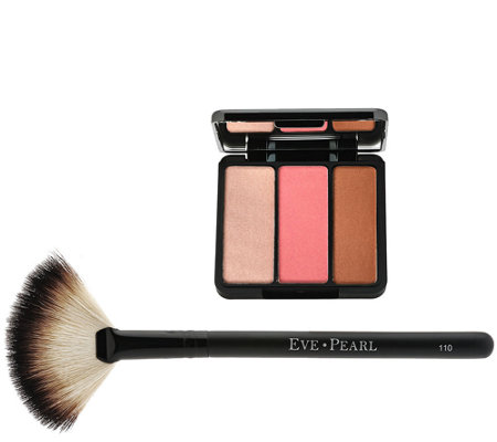 EVE PEARL Bronzing Highlighter Trio & 110 Fan Brush