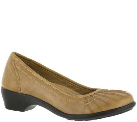 Easy Street Slip-on Shoes - Trinnie