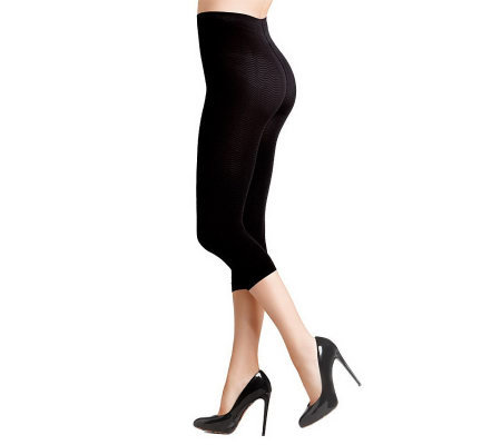 Solidea Micro-Massaging Compression Shapewear Capris