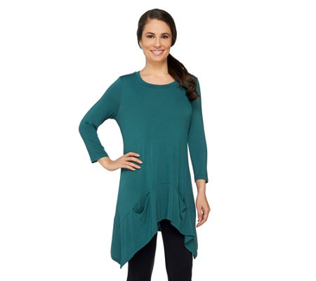 LOGO by Lori Goldstein Knit Top with Asymmetric Hem and Pockets