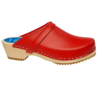 Cape Clogs Solid Leather Clogs - A330491