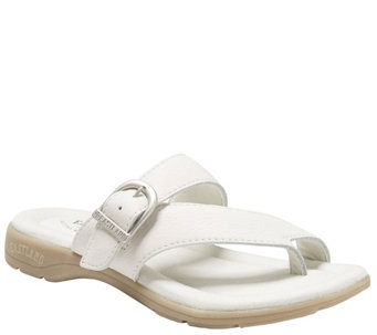 Eastland Leather Strap & Buckle Thong Sandals -Tahiti II - A340691