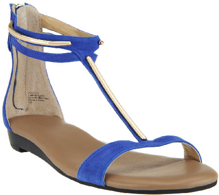 G.I.L.I. Leather T-strap Sandals w/ Hardware Detail - Kerri