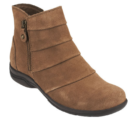 Clarks Suede Water Resistant Boots - Chris Sway