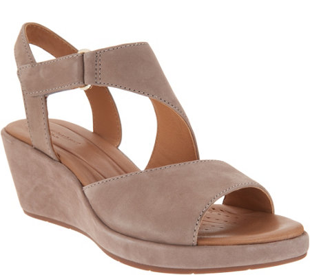 Clarks UnStructured Leather Wedge Sandals - Un Plaza Sling